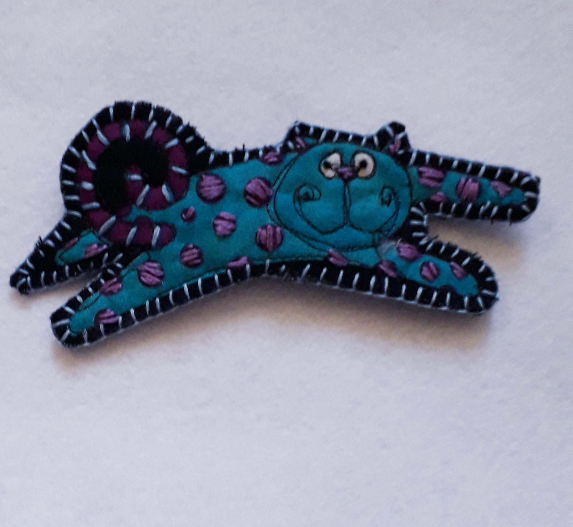 Blue Cat Brooch 2